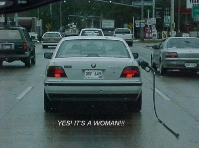 Frauen und Auto