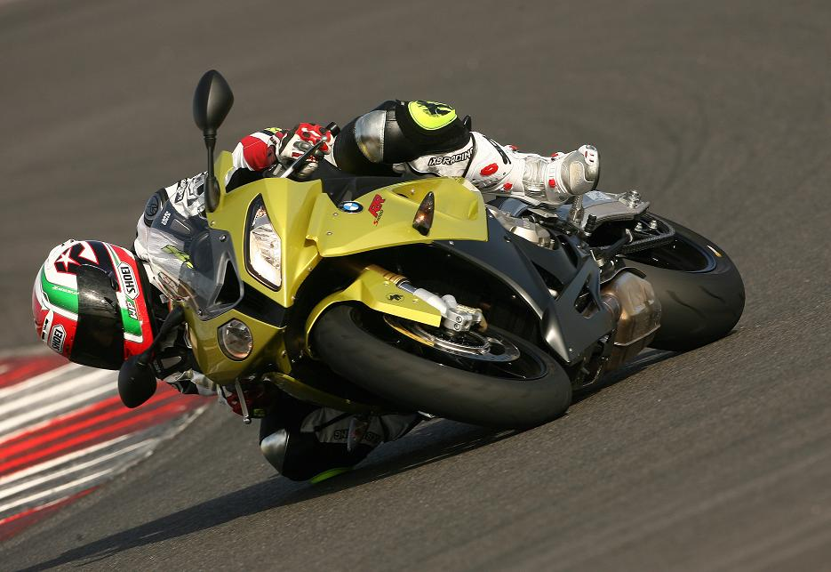 BMW S1000RR TEST in Portimao
