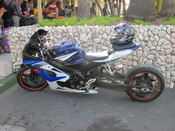 Suzuki GSX-R 1000 long vehicle