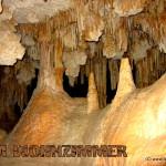 Imm inneren der Höhle