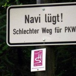 Navi_luegt